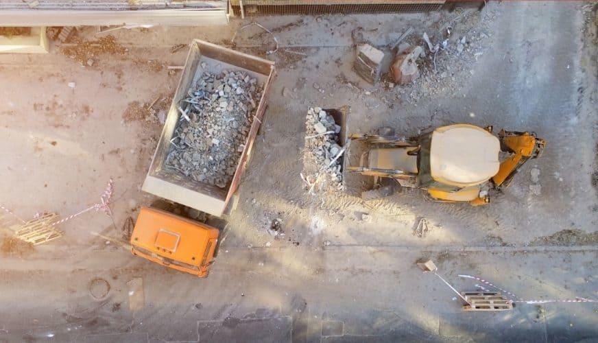 Frustrerande fraktioner: sex månader med den nya byggavfallsförordningen